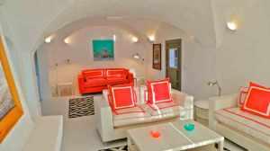 livingroomfromfireplace